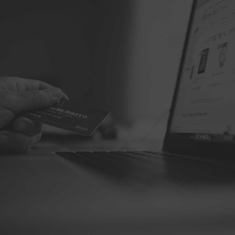 Siti Web Economici, Low Cost e Siti Internet Convenienti Realizzazione Siti Web Internet Web Agency | immagine realizzazione ecommerce e-commerce